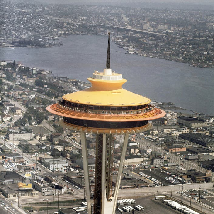 Space Needle Time Capsule Opened Here S What Was Inside Seattle