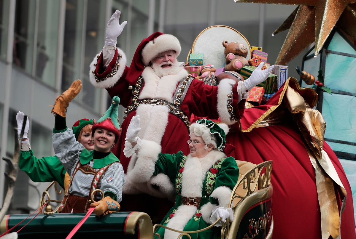 Santa's At Macy's, But This Year You Need An Appointment To Visit
