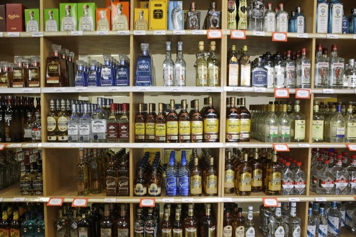 Indiana Committee Unanimously Approves Sunday Alcohol Sales Bill