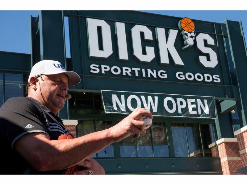 Dick PIC galleriat