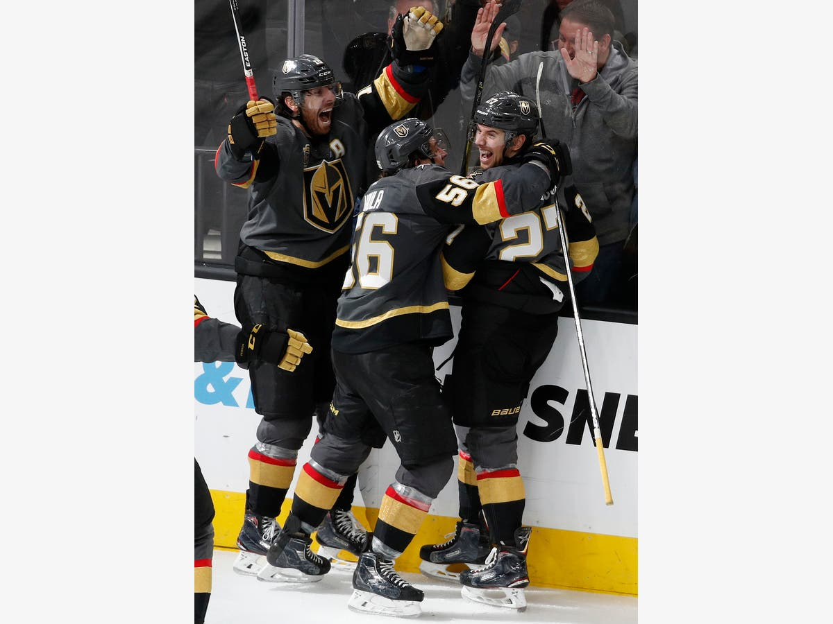 T-Mobile Magic Continues: Golden Knights Rally For 4-3 Win | Las