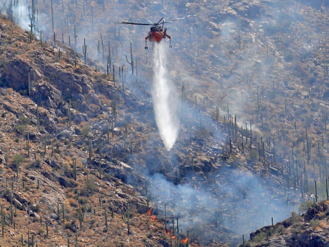 Bush Fire Near Phoenix Nears 90 000 Acres Apache Lake
