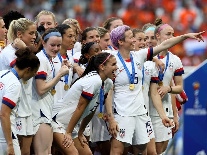 World Cup Champs To Kick Off Victory Tour at Rose Bowl