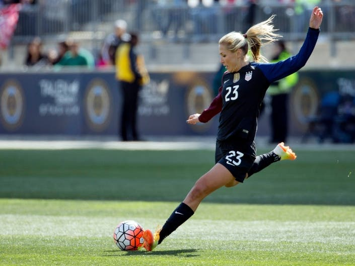Thief Steals US Soccer Star Allie Longs Key To The City