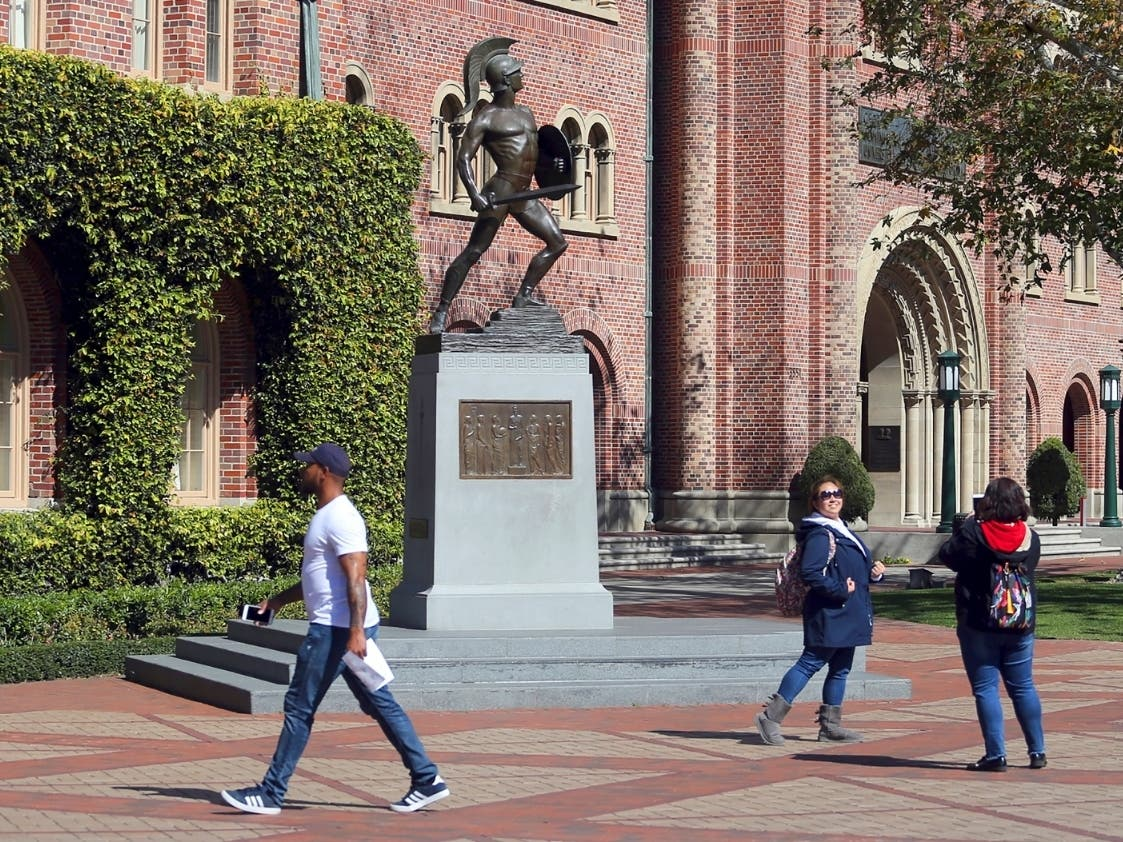 USC Waives Tuition For Families Earning Less Than $80K