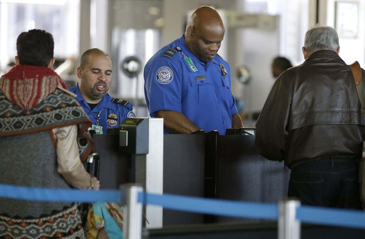 Real Id Act Illinois To Start Issuing New Ids Next Year Across