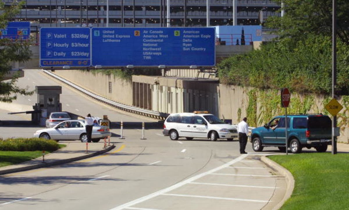 O Hare Parking >> Shotgun Found In O Hare Airport Parking Deck Chicago Il Patch