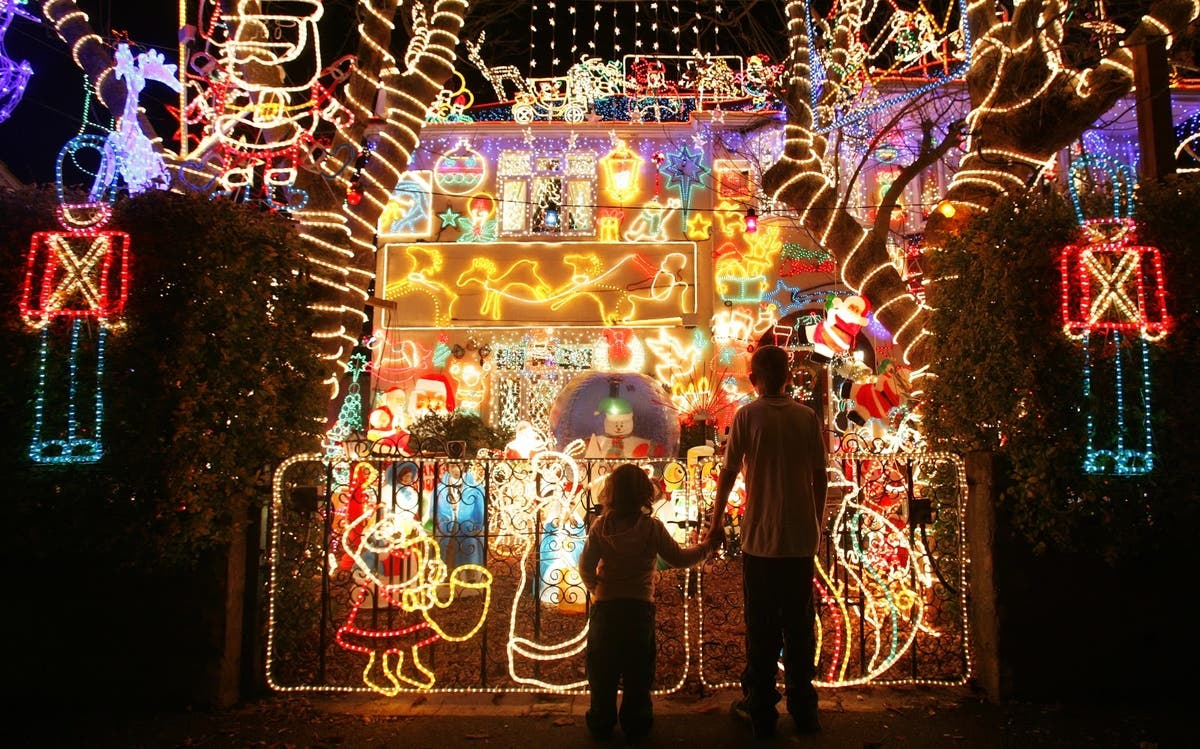 Best Christmas Lights Near Me.Find The Best Christmas Lights Near West Chester West