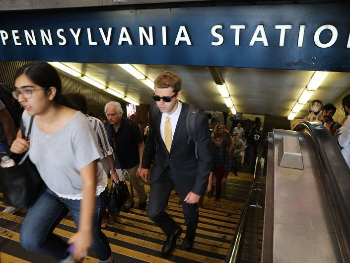 LIRR Builds Improved Lost & Found Facility In Penn Station