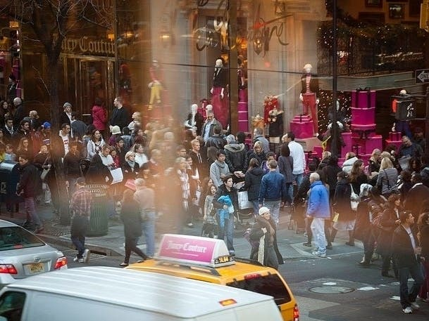 Drivers Not Welcome Near Rockefeller Center For Holidays: Mayor