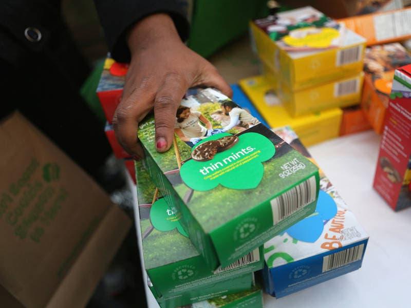Man Rips Off Redmond Girl Scouts Selling Cookies At Bella Bottega