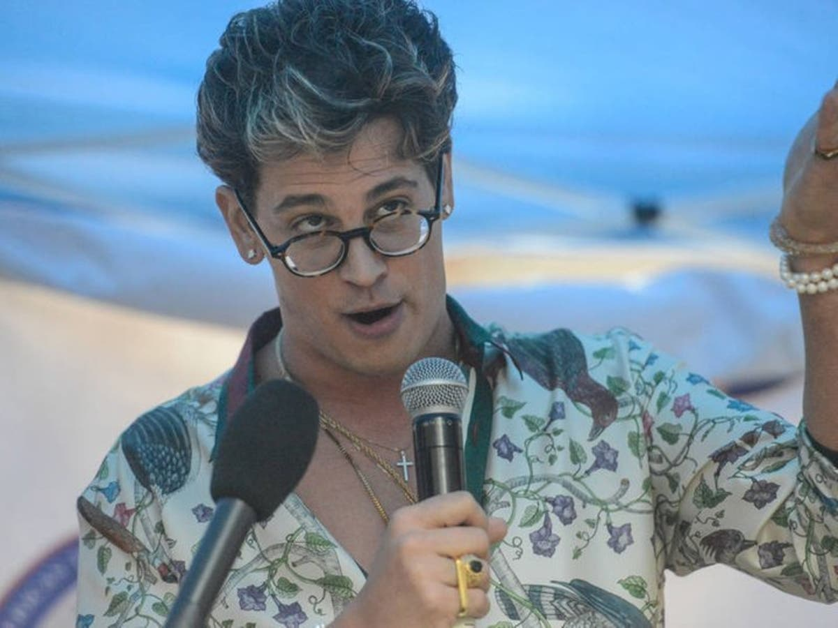 ALT-RIGHT MILO YIANNOPOULOS TROLL ACADEMY COMING SOON TO