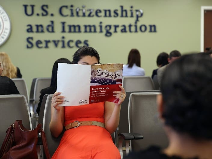 Help NYers Pay Hefty Immigration Fees, Lawyers Plea