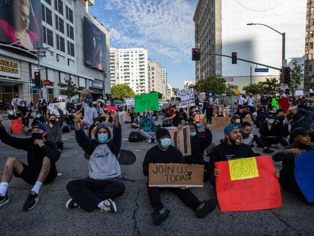 People Protest Police | Denzel Helps Homeless: Top CA Stories