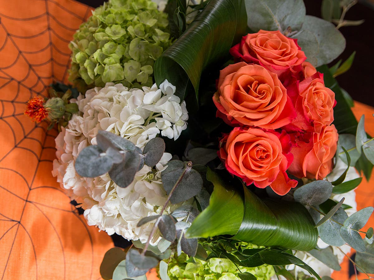 Save 15 Percent On Boo-tiful Flowers This Halloween!