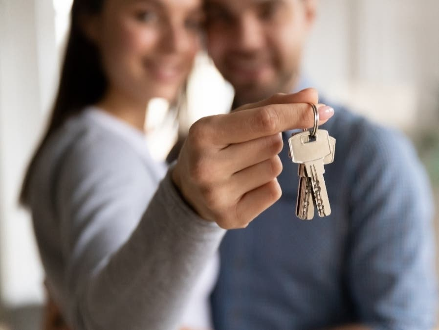 From searching for your new home to purchasing it, Newrez is here to help you understand your finances through the entire mortgage journey.