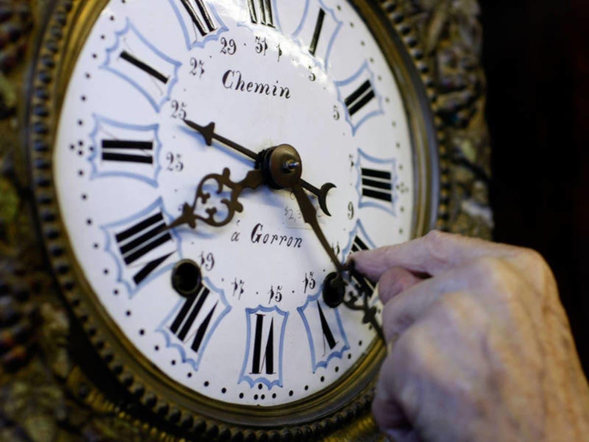 Poughkeepsie Newburgh Remember To Turn Clocks Back Mid