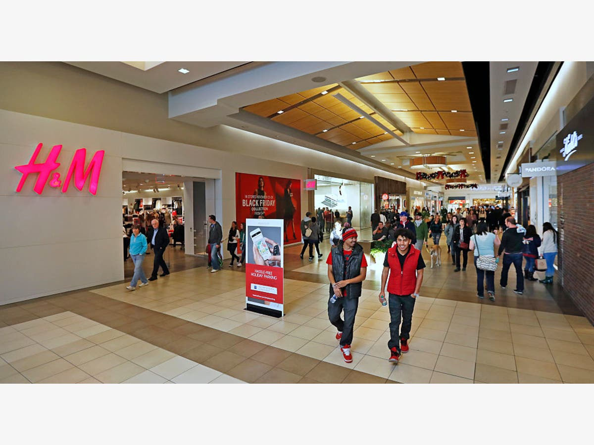 GA Thanksgiving Store Closures 2018: TJ Maxx, Dillard's + More