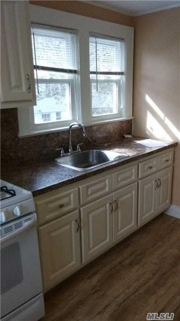 1-Bedroom Apartments For Rent In Huntington   Huntington, NY Patch on amityville kitchen, oyster bay kitchen, sweet home kitchen, brooklyn kitchen, vineyard kitchen, charlotte kitchen, stepney kitchen, honolulu kitchen, new orleans kitchen, east hampton kitchen, louisville kitchen, charleston kitchen, santa fe kitchen, florida kitchen, corporate design kitchen, elmo kitchen, new york kitchen, hawaii kitchen, hometown kitchen, cobblestone kitchen,