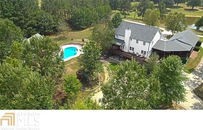 Five Homes For Sale With Pools in Douglas County