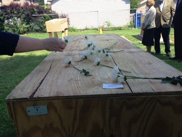 Cook County's Nameless and Unclaimed Get Proper Burial