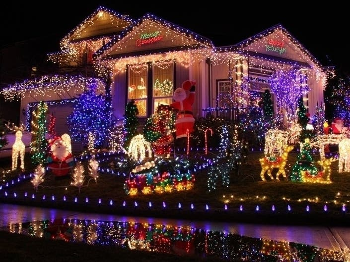 Share Your Holidays Lights With Foxborough Patch