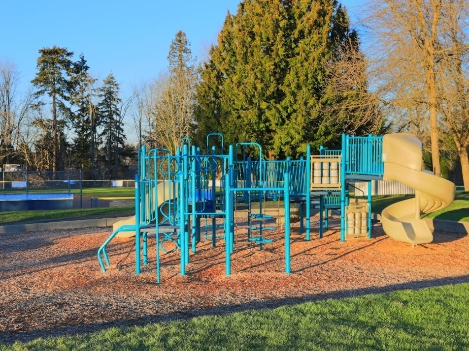 Kirkland Reopens City Playgrounds Thanks To Good Behavior