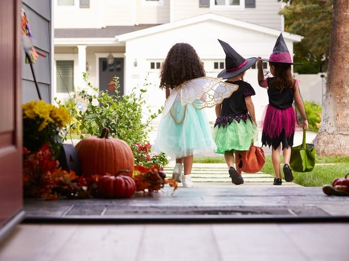 Halloween Smart Safety Tips From Consumer Reports