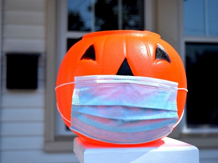 2020 Halloween Decorated Houses In Oak Forest City Of Oak Forest Approves Trick Or Treating Amid COVID 19 | Oak
