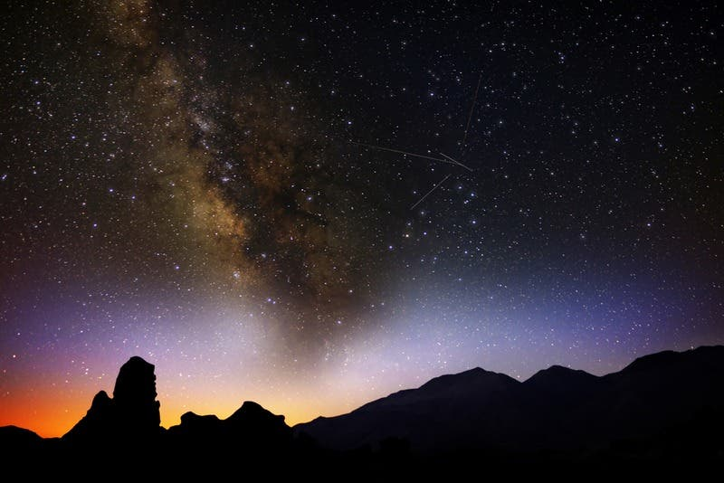 """Post from your Patch editor: """"The Orionid meteor shower will fill the sky with shooting..."""""""