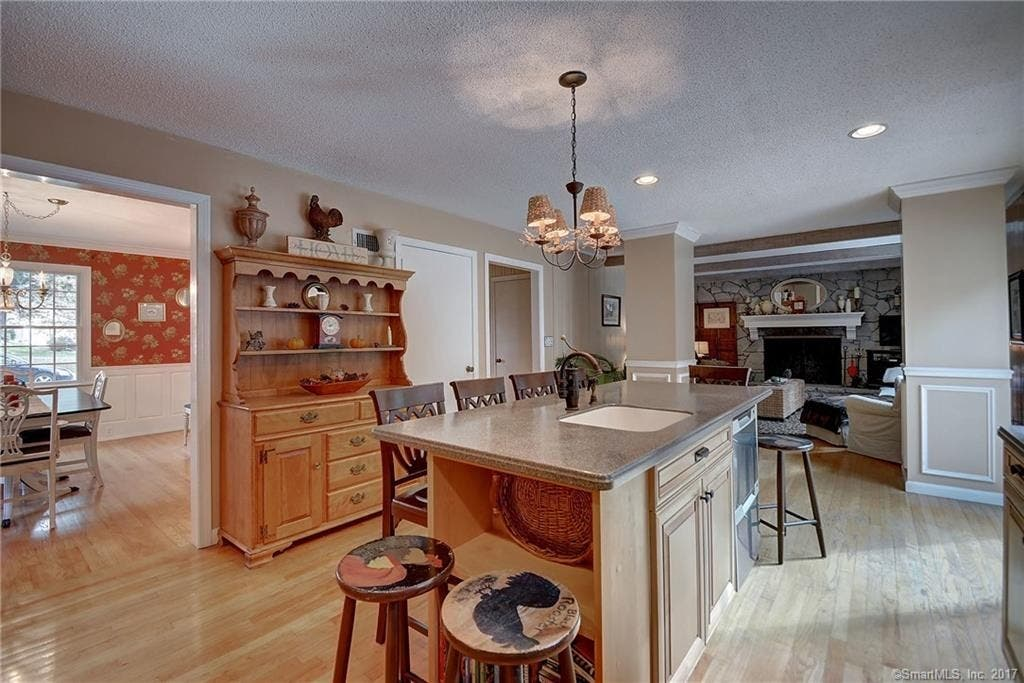 Classic Dutch Colonial on the Market in Wethersfield ...