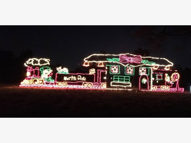 Eversource New Holiday Lights A Lot Er For Wethersfield