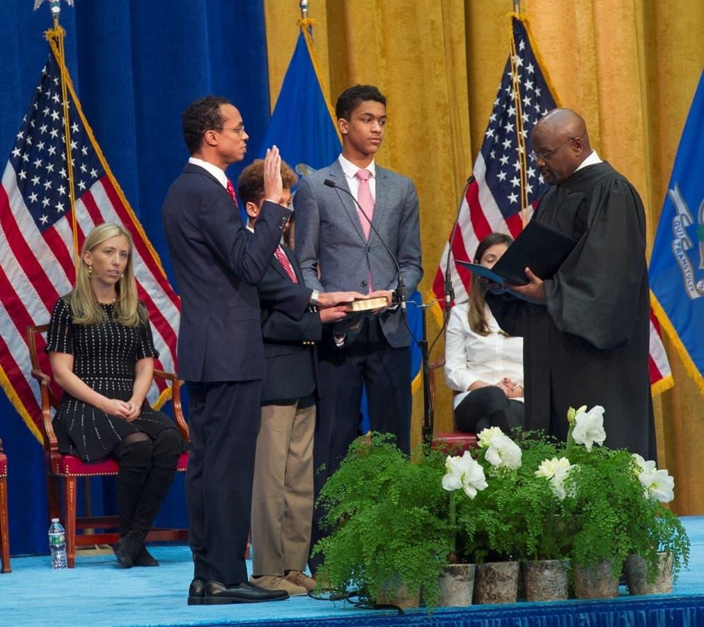 Hartford Native Sworn In As New State Treasurer Greater Hartford