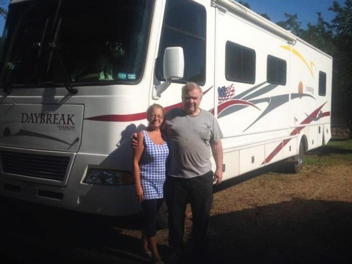 Enfield Couple Starts Blog to Share With Other RV Enthusiasts