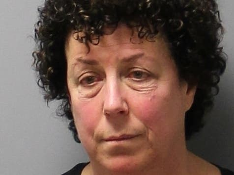 West Hartford Woman Arrested Aboard Aircraft