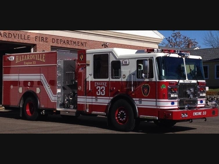 Fire Displaces Family In Green Manorville Section of Enfield