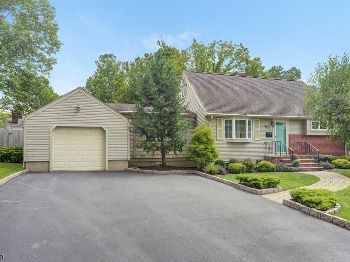Price Chop Madison: $25K Off Wayne Boulevard Home | Madison