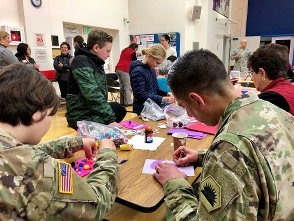 Seniors In South San Francisco Ca Send Valentines To Soldiers