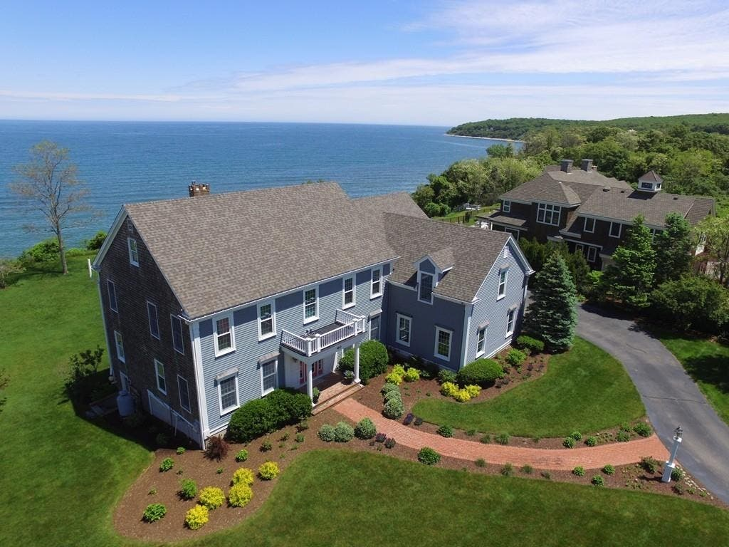 Fantastic 1 8M Plymouth Beach House In Turnkey Condition Plymouth Interior Design Ideas Clesiryabchikinfo