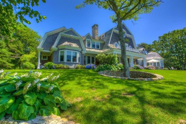 Marthas Vineyard Luxury Homes and Marthas Vineyard