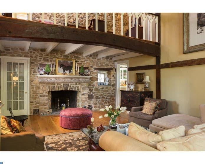 Doylestown Wow! House: Amazing Bucks County Barn ...