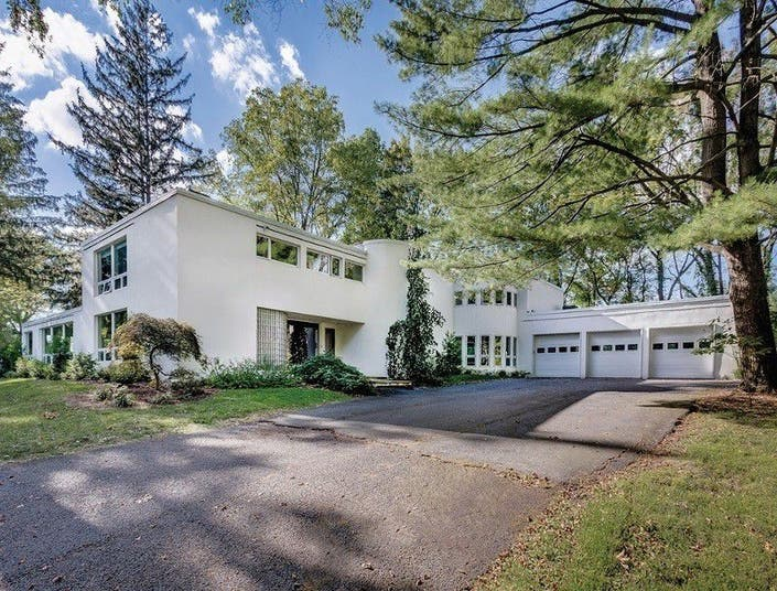 6c3d88e56b3a 10 Fabulous Mid-Century Modern Homes In NJ That Are For Sale ...