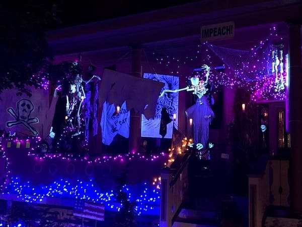 Lambertville Nj Halloween Pumpkins 2020 It's Halloween In Lambertville And The Lights Are Awesome | New