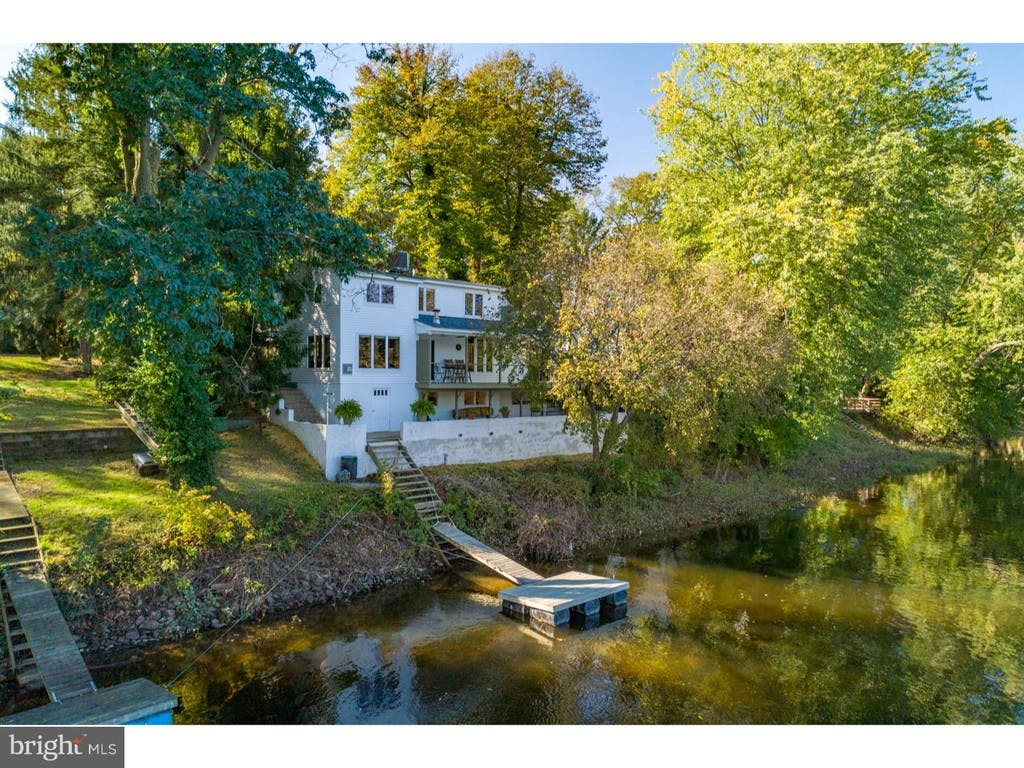 Just Listed 4 Bedroom Home On Delaware River For 699k Newtown