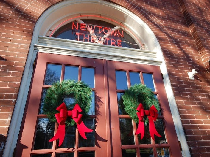 8 Free Christmas Movies To Be Screened At Newtown Theatre