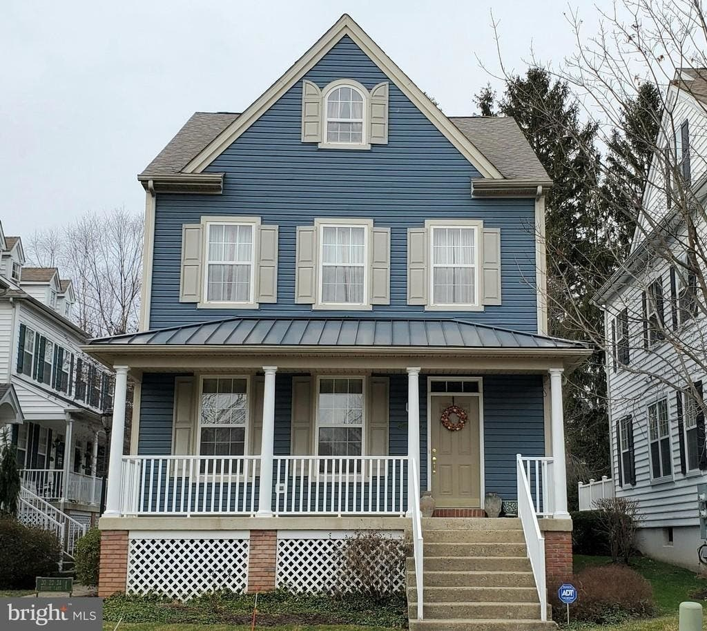 Just Listed: 3-Bedroom Doylestown Borough Single For $435K