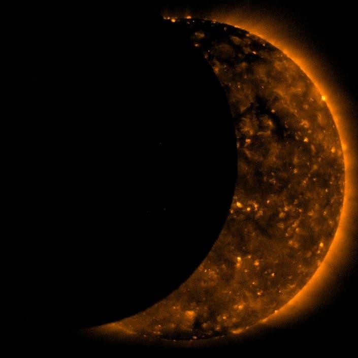 Eclipse Stream