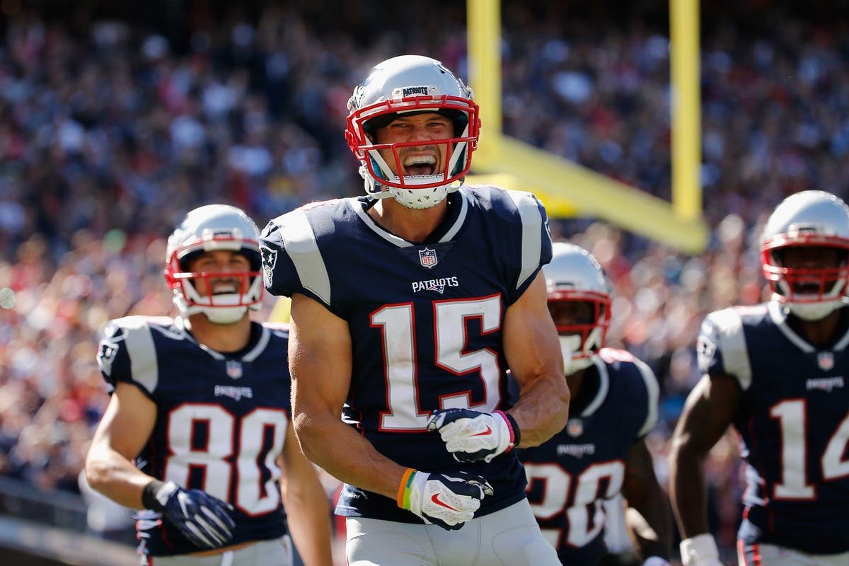 finest selection e0f61 d07f0 Wyckoff's Chris Hogan Catches Touchdown Pass In Super Bowl ...