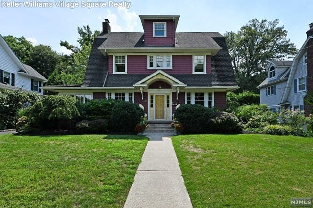 Just Listed In Ridgewood: 5-Bedroom Colonial For $899K ...