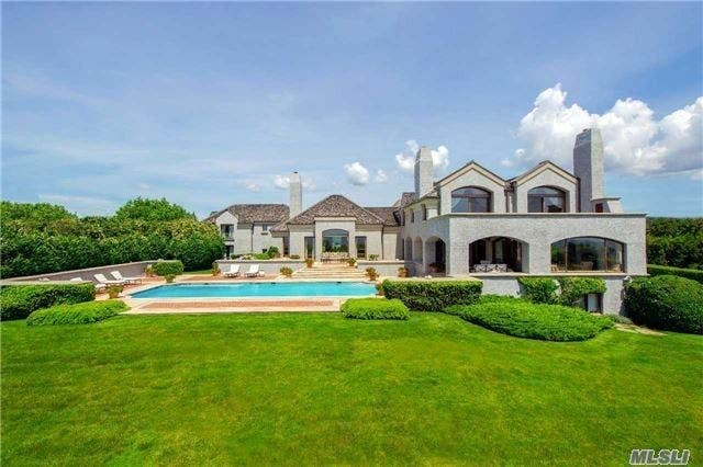 If Youu0027re Looking For The Ultimate In Luxury, Here Are 5 Houses In  Southampton Priced At $40 Million Or More, According To Realtor.com.